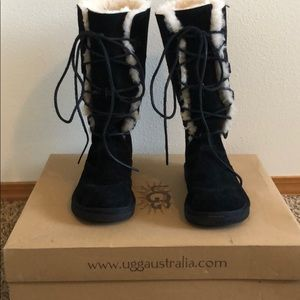 Vintage UGG boots (discontinued) Whitley size 8